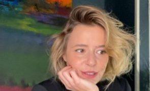 Leonor Poeiras assume desejo de apresentar