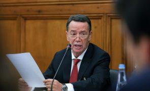 Ex-ministro Manuel Pinho continua arguido no processo EDP após decisão do Tribunal Constitucional