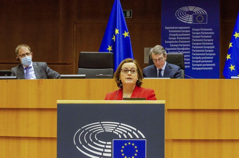 Portugal faz defesa da estratégia comum da UE para vacinação