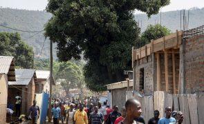 RCA: Rebeldes anunciam permissão para apoio humanitário em Bangui
