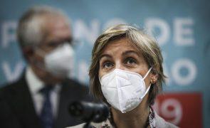 Ministra da Saúde aponta para 70% da população vacinada até ao fim do verão