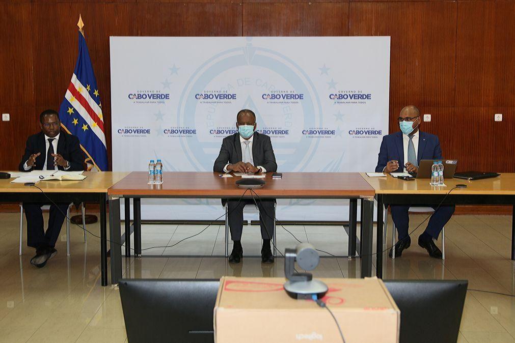 Covid-19: PM de Cabo Verde elogia inspiração de casal japonês retido há um ano em lua-de-mel