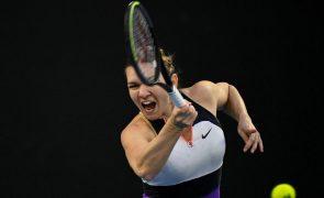 Simona Halep domina e acede aos oitavos de final do Open da Austrália