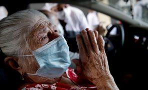 Covid-19: Improviso e medo da falta de oxigénio na região amazónica do Brasil