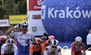 Davide Ballerini volta a vencer e prossegue domínio na Volta à Provença