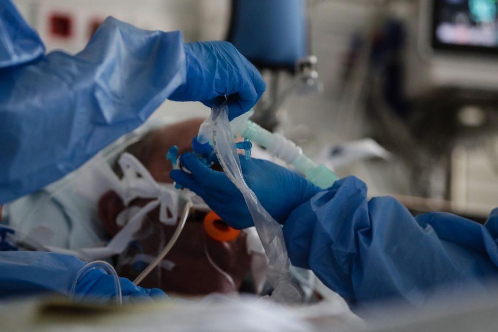 Covid-19: Médicos alemães vão ficar mais seis semanas em Portugal