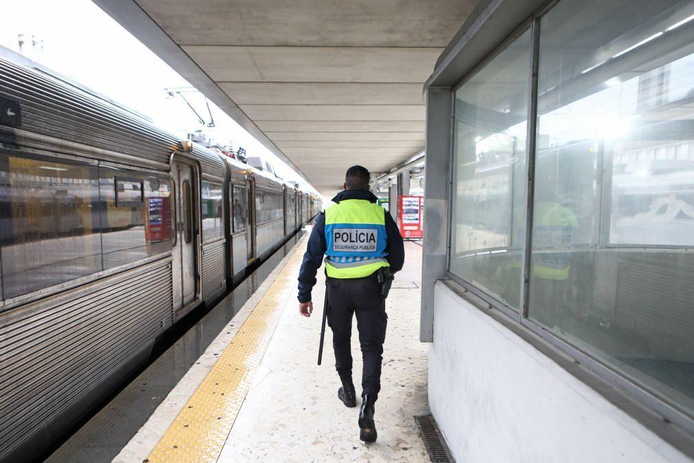 Covid-19: PSP e GNR começam no sábado vacinação de 20 mil polícias