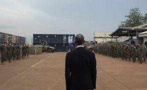 Presidente congratula-se com louvor e