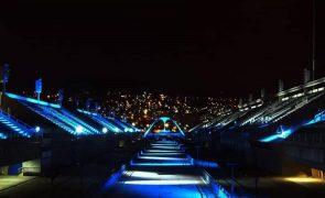 Sambódromo do Rio de Janeiro faz homenagem às vítimas da covid-19