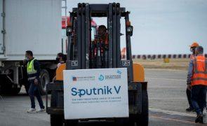 Covid-19: Venezuela recebe 100 mil doses da vacina russa Sputnik-V