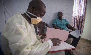 Quatro mortos na Guiné-Conacri nos primeiros casos de Ébola em cinco anos
