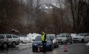 Covid-19: Alemanha reforça controlos fronteiriços com incidência em baixa