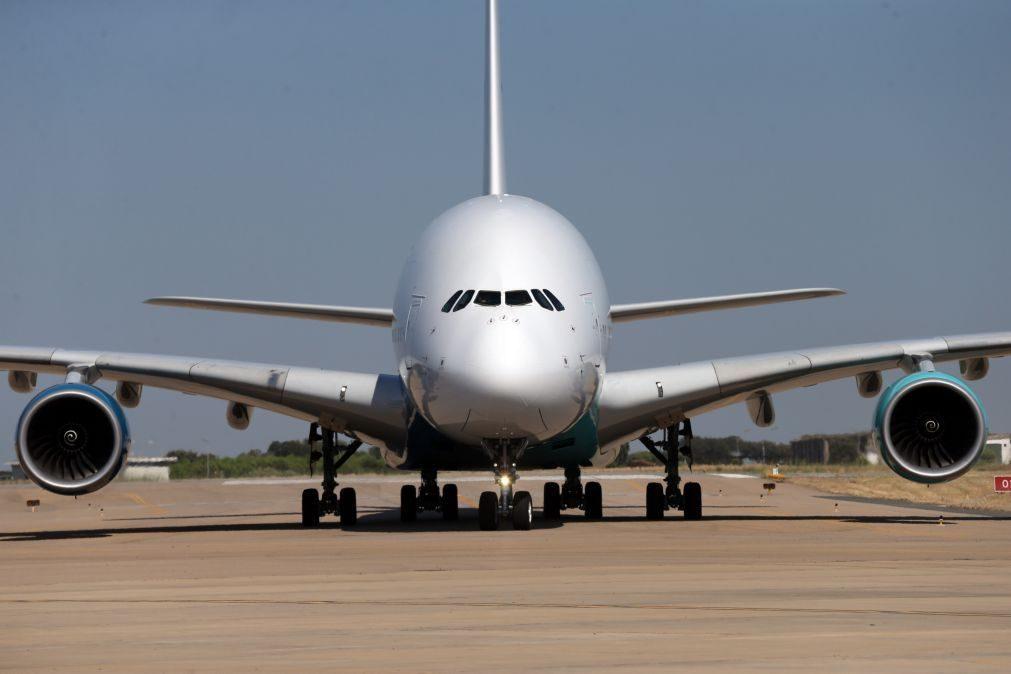 Covid-19: Israel e Chipre fecham acordo para viagens sem restrições