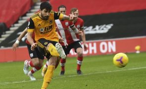Rúben Neves e Pedro Neto marcam na reviravolta do Wolverhampton