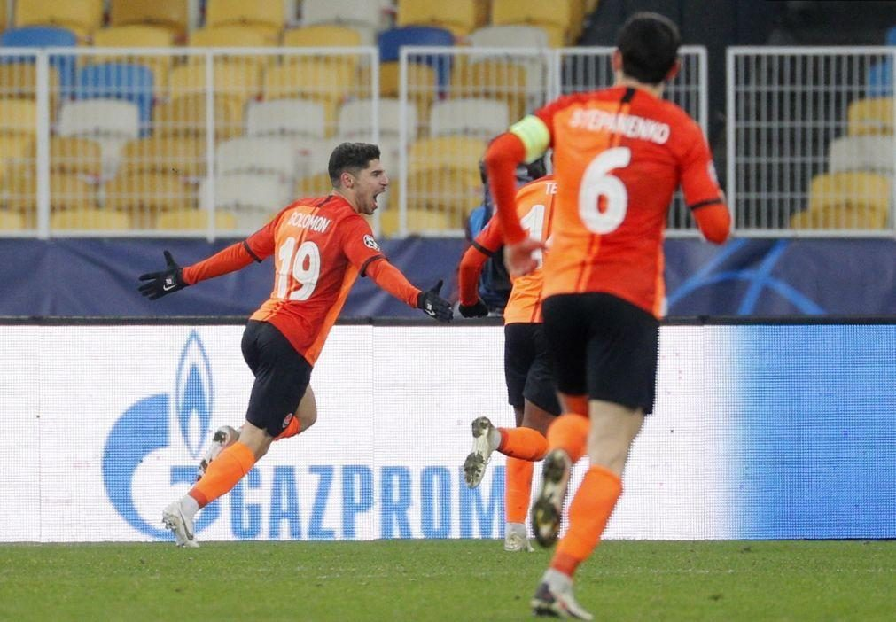 Shakhtar Donetsk e Luís Castro empatam no regresso da liga ucraniana