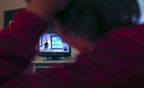 Covid-19: Ensino a distância faz aumentar audiência das aulas na TV mas aquém do ano passado