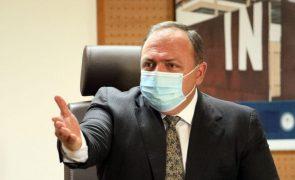 Covid-19: Supremo do Brasil autoriza acesso a e-mails em inquérito a ministro da Saúde