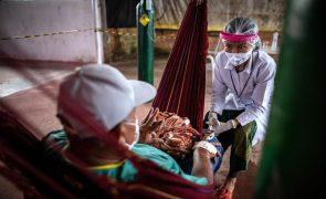 Covid-19: Mais 528 mortes e 32.197 novas infeções no Brasil