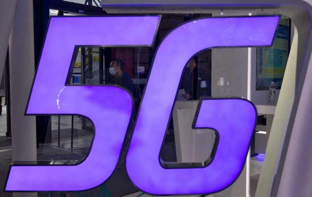 Autoridades de aviação civil em França dizem que telefones 5G podem perturbar operações
