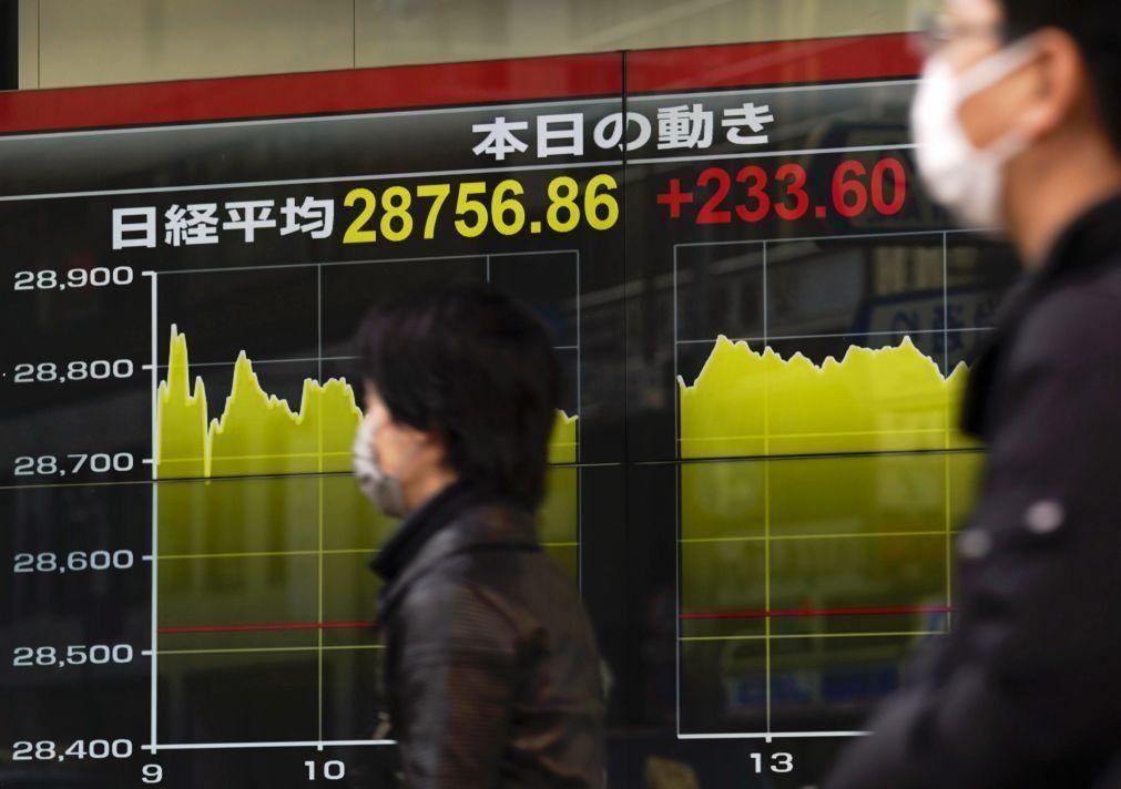 Bolsa de Tóquio fecha a perder 0,58%