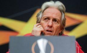 Só um Benfica bem organizado na defesa pode discutir eliminatória, diz Jorge Jesus