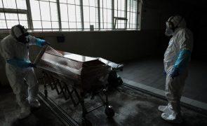 Covid-19: UE atinge em novembro recorde de excesso de mortalidade mensal - 40.5% - Eurostat