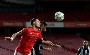 Conselho de Disciplina mantém amarelo a Weigl, que falha jogo do Benfica em Faro