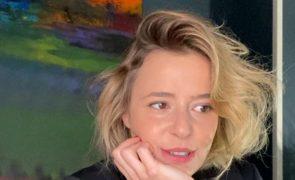 Leonor Poeiras revela ter sido vítima de assédio sexual por ex-psicanalista