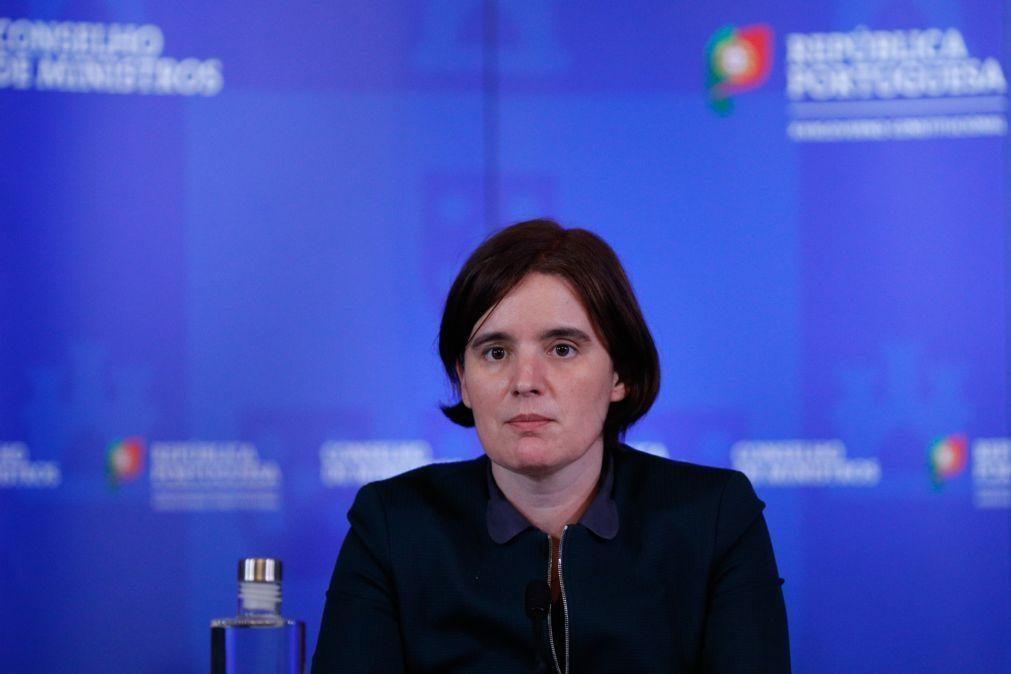 Covid-19: Governo não quer criar expectativas de que desconfinamento está para breve