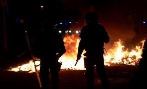 Terceira noite de manifestações com distúrbios em Espanha depois de detenção de
