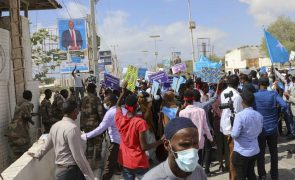 Troca de tiros interrompe marcha da oposição da Somália em Mogadíscio