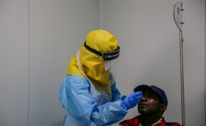 Covid-19: Estudo português defende testes de saliva como alternativa à zaragatoa