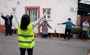 Covid-19: 'Conversas à Janela' combatem solidão dos idosos no Bombarral