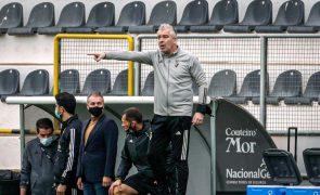 Farense tem de «controlar as emoções» para surpreender o Benfica