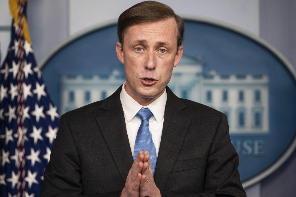 Estados Unidos mantêm oferta de diálogo com Irão para retomar pacto nuclear de 2015