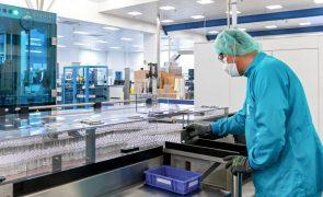 Covid-19: Sanofi e GSK lançam novo ensaio com versão reformulada da vacina