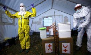Ébola: Cruz Vermelha reforça vigilância nos países vizinhos da Guiné-Conacri