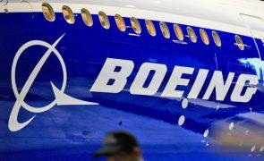 Wall Street segue em baixa com Boeing a pressionar Dow Jones