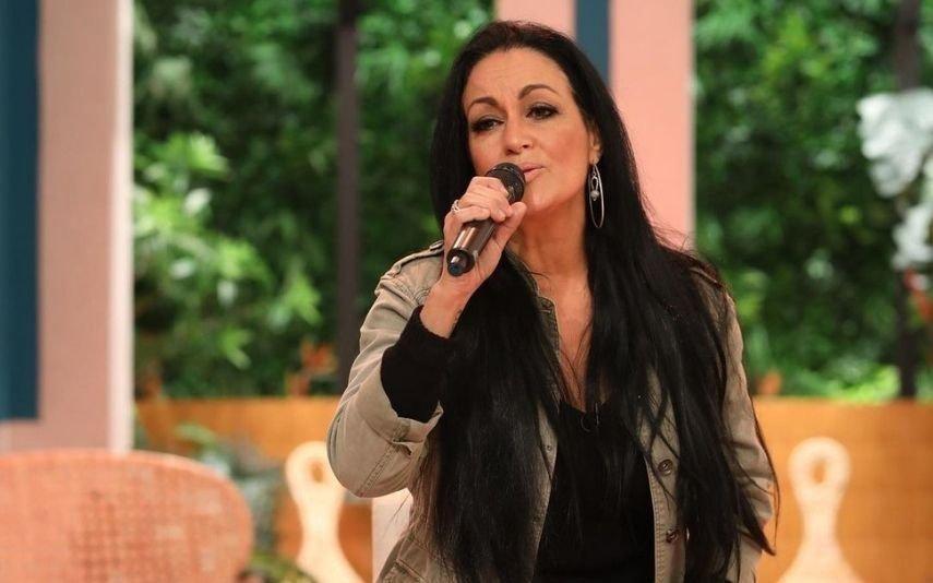 Pai de Rita Guerra hospitalizado de urgência. Cantora obrigada a abandonar programa em direto
