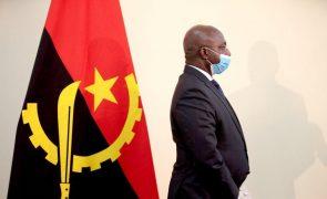 Covid-19: Ministro diz que pandemia afetou exercício de direitos cívicos e políticos em Angola