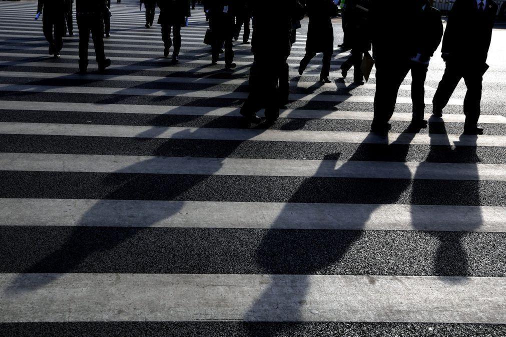 Trabalhadores abrangidos por 'lay-off' tradicional caem 20% em janeiro