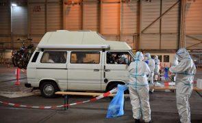 Covid-19: Alemanha regista quase 3.900 novas infeções e 415 mortes em 24 horas