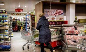 Inflação anual fixa-se nos 0,9% na zona euro e 1,2% na UE em janeiro