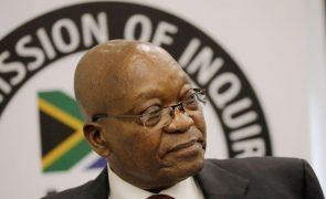 Início de julgamento de ex-PR sul-africano Jacob Zuma por corrupção em17 de maio