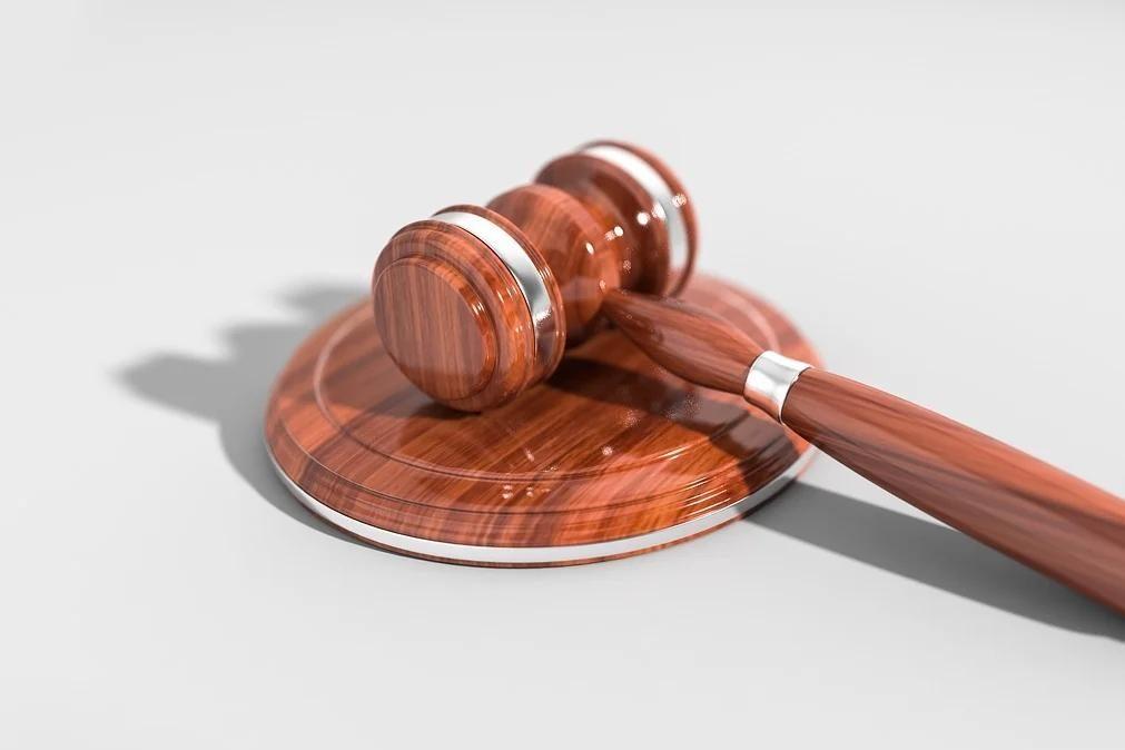 Tribunal absolve homem duas vezes de um crime de violência doméstica