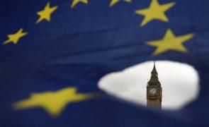 Reino Unido aceita prolongar aplicação provisória do acordo de comércio com UE