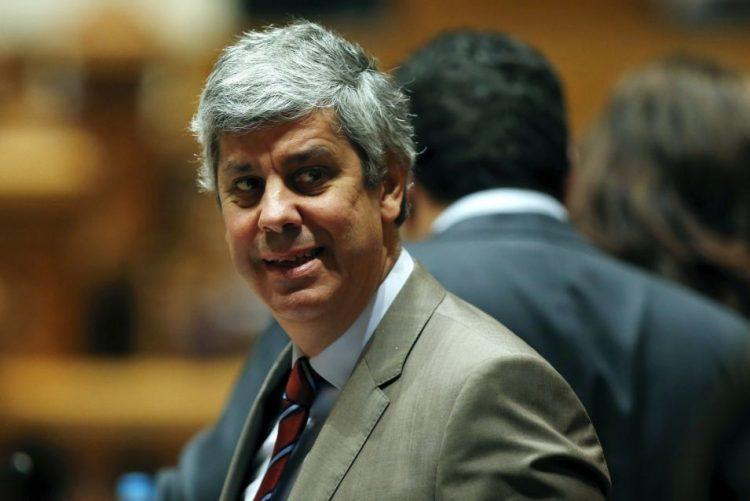 CGD: Acordo com Bruxelas mantém-se, Paulo Macedo cumpre requisitos -- Centeno (C/VÍDEO)