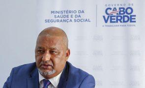 Covid-19: Cabo Verde consegue vacinar pelo menos 35% da população em 2021 -- ministro