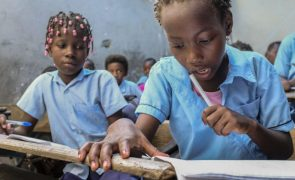 EUA vão doar 4,7 ME para a melhoria da qualidade do ensino primário em Moçambique