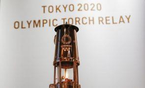 Tóquio2020: Passagem da chama olímpica com público, mas sem gritos ou aplausos